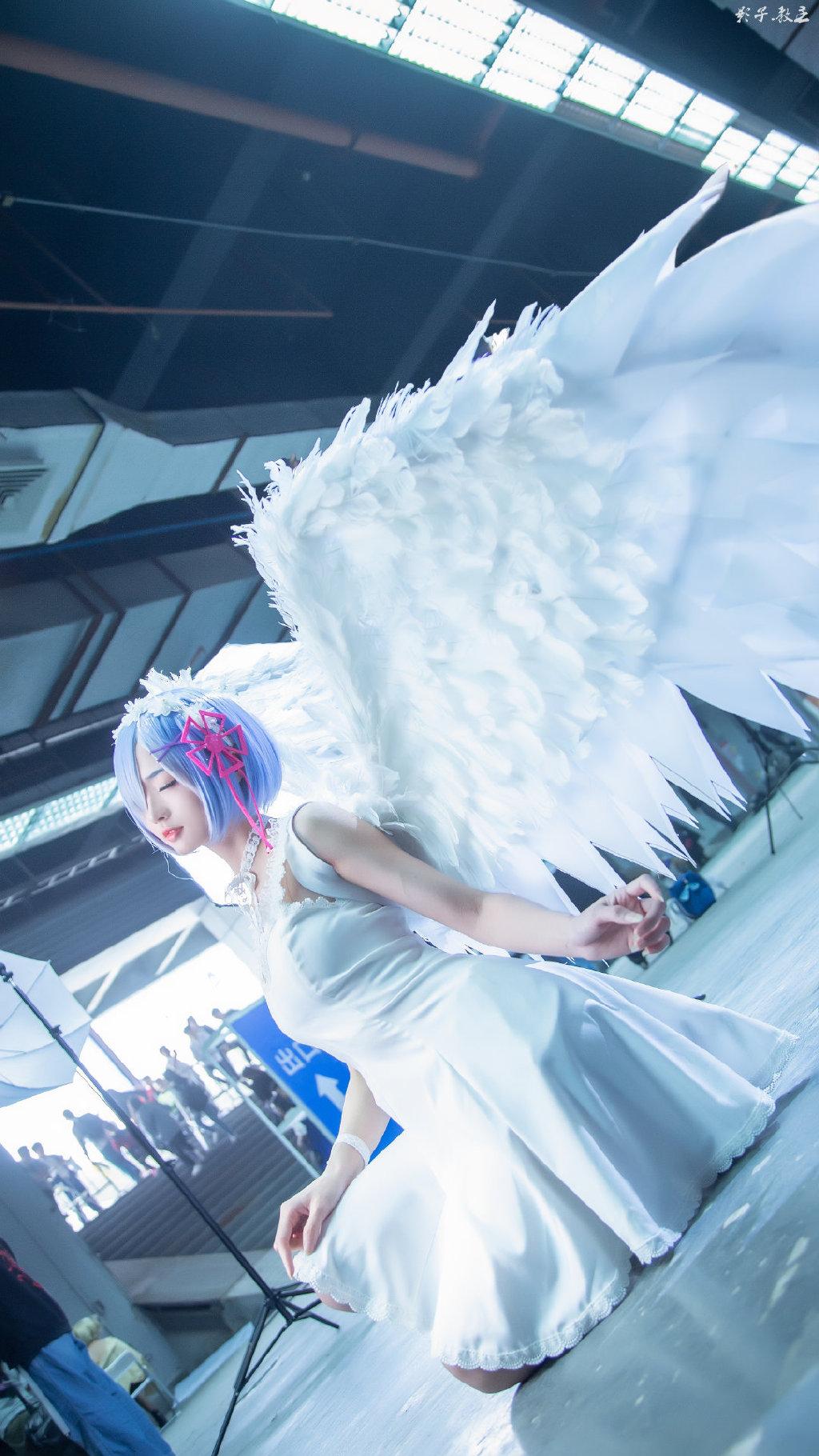 蕾姆 手办 鬼天使