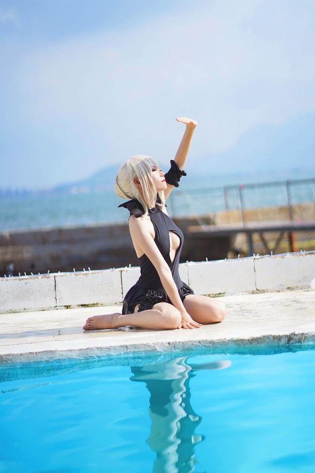 [好萌动漫]【cos正片】fate grand order 黑呆泳装