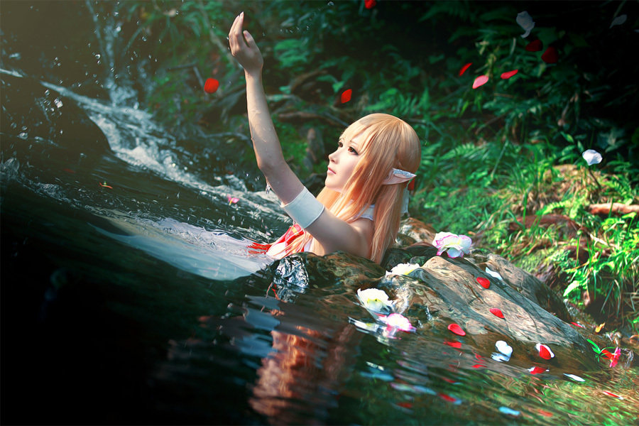 COSER水水《刀剑神域》亚丝娜美图