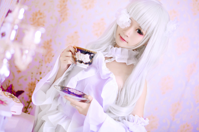 蔷薇少女。雪华绮晶