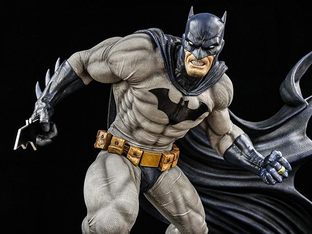 「蝙蝠侠:缄默」蝙蝠侠雕像赏析